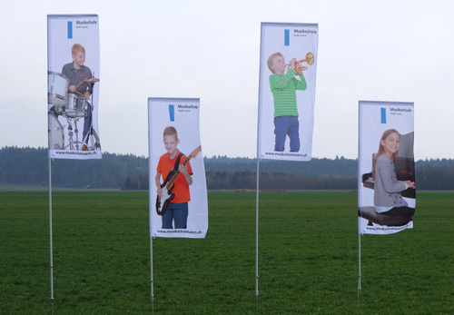 FlipFlag ECO mit Fahnenmast und Ausleger